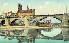 Historische Ansicht der Elbe bei Meissen - Blick über die Elbe zum Burgberg der Albrechtsburg - spätgotisches Architekturdenkmal, einer der ersten Schlossbauten in Deutschland; errichtet 931. Dahinter der St. Johannis und St. Donatus Dom, Baub