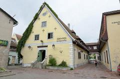 Historische Architektur aus dem 17. Jahrhundert, Gebäude vom Heiliggeist Hosptial; jetzt Hotel und Restaurant.