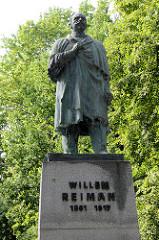 Bronzeskulptur, Denkmal für Willem Reiman; einer der wichtigsten Führer der nationalen estnischen Bewegung