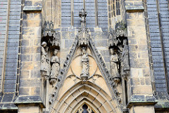 Skulpturen - Meißener Dom; Aussenfassade.