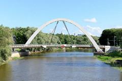 Fluss Emajõgi / Embach in Tartu - Kaarsild-Brücke.