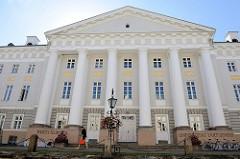 Hauptgebäude der Universität in Tartu