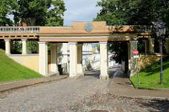 Tartu Inglisild /Tartuer Engelsbrücke - Domberg in Tartu; erbaut 1838, Architekt J. W. Krause.