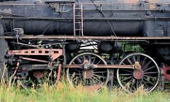 Detail der Lokomotive Ol 49-3 auf dem Bahnbetriebsgelände von Toruń.