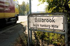 Ortsschild Billbrook, Bezirk Hamburg Mitte - Lastwagenverkehr.