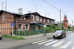Historisches Fachwerkgebäude, Wohnhaus und orthodoxe Holzkirche Heiliger Nikolaus / St. Nicholas in der Straße Podgórna von Torun.