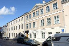 Architektur in der Straße Ülikooli  in Tartu, Hotelgebäude.