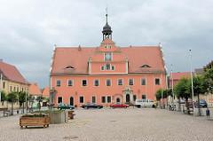 Marktplatz und Rathaus in Belgern; errichtet 1578 als Renaissancebau