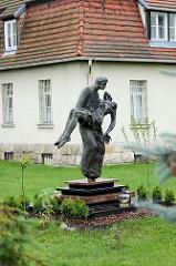 Bronzeskulptur Hl. Stefan in Toruń .