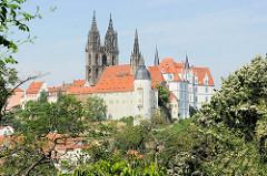Blick vom Ratsweinberg zur Albrechtsburg und dem Dom St. Johannis und St. Donatus in Meißen