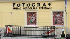 Hausfassade in Toruń  - Fotograf, Studio Fotografii; Werbung Schlachterei - Wurstbilder.