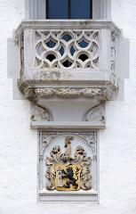 Balkon mit Wappen von Meißen; Meißner Löwe / Markmeißnische Löwe, Nutzung seit 1265 - Herrschaftssymbol der Wettiner.