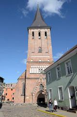 Johanniskirche in Tartu - Backsteingotik aus dem 14. Jahrhundert.