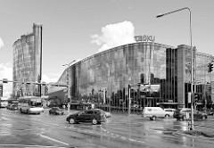 Einkaufszentrum / Kaufhaus Tasku  in Tartu - moderne Kaufhaus-Architektur.