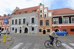 Historische Architektur in der Altstadt von Kaunas - Rathausplatz