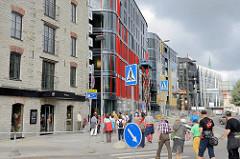 Historische und moderne Architektur beim Fährhafen von Tallinn - Quartier Rotermanni.