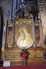 Altar der Muttergottes aus Wilna in der Kathedrale St. Jakob in Olsztyn; geschaffen von Joseph und August Lorkowski aus Dietrichswalde 1886.