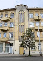 Etagenhäuser / Mietshäuser mit Jugendstilfassade - Straße Pamėnkalnio in Vilnius.