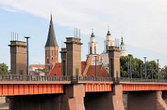Vytautas-Magnus-Brücke oder Aleksotas-Brücke in Kaunas über die Memel; errichtet 1948.