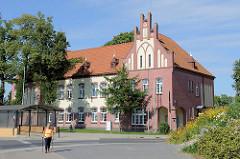 Backsteingebäude mit Treppengiebel - Verwaltungsgebäude von Olsztyn.