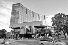 Modernes Hotelgebäude - Hilton Hotel in Tallin.