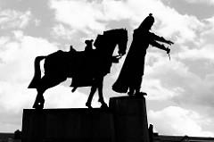 Denkmal vom Großfürsten Litauens Gediminas in Vilnius; geb. 1275 - Gründer der Hauptstadt Vilnius; Bildhauer / Künstler Vytautas Kašuba, Mindaugas Šnipas.