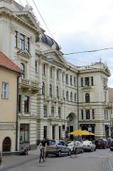 Historische Gründerzeitarchitektur in der Straße  Aušros Vartų  in Vilnius.