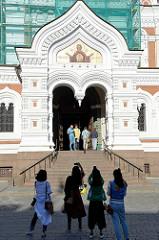 Eingang der russisch orthodoxen Aleksander Newski Kathedrale in Tallinn; fertiggestellt 1900 - Architekt Michail Preobraschenski.