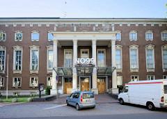 Gebäude vom Theater NO99 in Tallin;