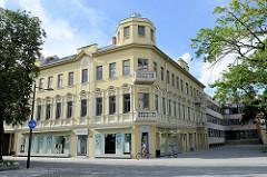 Eckgebäude am Unabhängigkeitsplatz / Laisvės al.  in Kaunas.