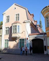 Botschaft von Finnland in Tallinn - fertiggestellt um 1850, erbaut von Otto Jakob von Uexküll, Architekt  Georg Winterhalter.