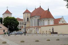 Gebäude vom katholischen Priesterseminar in Kaunas / Seminarkirche Dreifaltigkeitskirche.