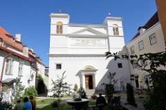 Römisch-katholische Pfarrkirche St. Peter und Paul in Tallinn, geweiht 1845 - Architekt Carlo Rossi.