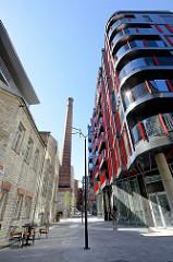 Alt + Neu, historische und moderne Architektur im Quartier Rotermanni in der Tallinner Innestadt.