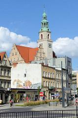 Uhrenturm vom Neuen Rathaus von Olsztyn, errichtet 1915.