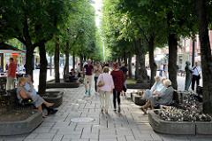 Fussgängerzone Laisvės alėja / Freiheitsallee in Kaunas - Hauptstraße im Stadtzentrum.