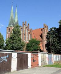 Kirche der Mutter Gottes, der Königin von Polen in Olsztyn; erbaut 1915 als evangelische Garnisionskirche, heute polnische Militärkirche - neogotische Backsteinarchitektur, Architekt Ludwig Dihm.