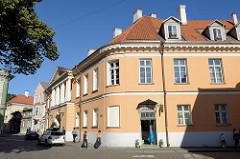 Historisches Verwaltungsgebäude auf dem Tallinner Domberg.