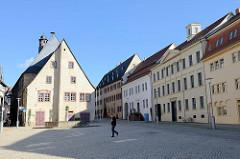 Rückseite vom historischen Rathaus am Marktplatz von Sangerhausen, spätgotisches Bauwerk - fertiggestellt 1437.