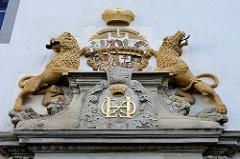 Wappen    Schloss Stolberg / Harz. Baustil Renaissance - errichtet 1547, Entwurf Andreas Günther. Umbauten um 1700 - ab 1947 Nutzung als FDGB Ferienheim - danach Verkauf + Planung für ein Hotel, jetzt im Besitz der Deutschen Stiftung Denkmalschut