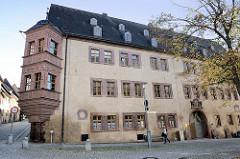 Historische Architektur in Sangerhausen - Neues Schloss, erbaut 1622; dreigeschossiger Renaissancebau - jetzt Nutzung als Amtsgericht.