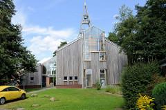 Eine-Welt-Kirche in Schneverdingen - 1999 in Holzbauweise errichtet - Entwurf  Architekturbüro Lothar Tabery.