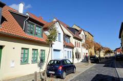 Denkmalgeschützter Straßenzug in Sangerhausen - historische Wohnhäuser in der Schulgasse.