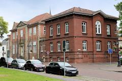 Gerichtsgebäude in Jever - der älteste Teil stammt aus der Zeit um 1620.
