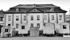Verfallener Teil vom Schloss Stolberg / Harz. Baustil Renaissance - errichtet 1547, Entwurf Andreas Günther. Umbauten um 1700 - ab 1947 Nutzung als FDGB Ferienheim - danach Verkauf + Planung für ein Hotel, jetzt im Besitz der Deutschen Stiftung