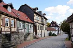 Wohnhäuser, Fachwerkarchitektur in der Rittergasse von Stolberg / Harz.