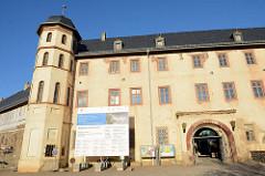 Schloss Stolberg / Harz. Baustil Renaissance - errichtet 1547, Entwurf Andreas Günther. Umbauten um 1700 - ab 1947 Nutzung als FDGB Ferienheim - danach Verkauf + Planung für ein Hotel, jetzt im Besitz der Deutschen Stiftung Denkmalschutz.