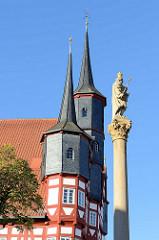 Mariensäule und Türme vom Duderstädter Rathaus.