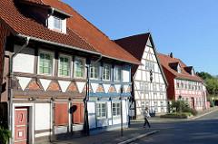 Historische Fachwerkbauten in der Christian-Blank-Straße von Duderstadt - in der Bildmitte das Gebäude vom Spital zum Heiligen Geist, .