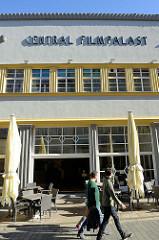 Eingang vom Central Filmpalast in der Stätte von Mühlhausen; das Gebäude wurde 1927 errichtet.